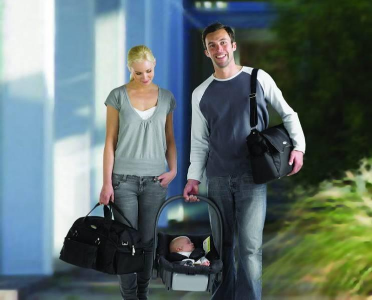 Geanta pentru maternitate Weekender de la KOO-DI